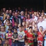 2009. После концерта в лагере для детдомовцев