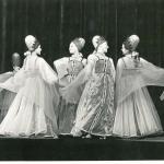Танец «Королева полей» (посвящен освоению целинных земель)