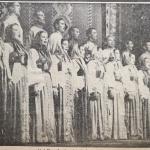 Выступление Уральского хора на сцене «Фридрихштадтпаласта», Берлин, 1951 г. (фото из немецкой газеты)