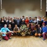 Фото участников  концерта  с руководителями делегации Свердловской области